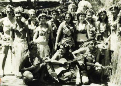 1955 - Ambiance polynésienne