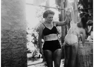 Corfou 1952 - Les douches